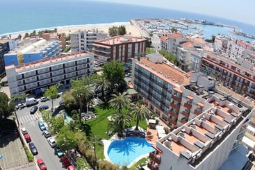 Mónica Hotel