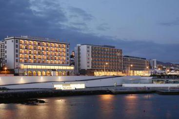 Ponta Delgada (melhor preço): Açores Atlantico 4* desde 37€ por noite/pax (17 out - 21 out) [opção voos incl.]