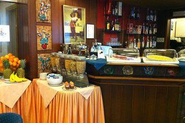 Milão (mais vendido): Hotel Mec 3* desde 38€ por noite/pax (03 jul - 11 jul) [opção voos incl.]