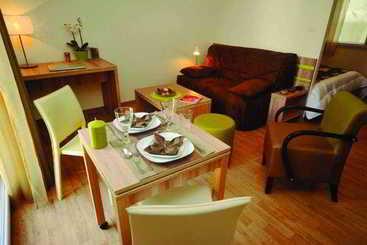 Nantes (melhor preço): Park & Suites Elegance Carre Bouffay 3* desde 36€ por noite/pax (04 ago - 05 ago) [opção voos incl.]