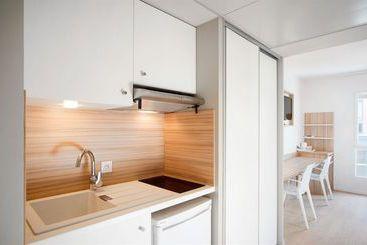 Lyon (melhor preço): Quality Suites Lyon 7 Lodge 4* desde 34€ por noite/pax (14 abr - 16 abr) [opção voos incl.]