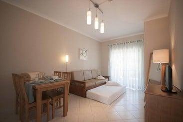 Oura Apartamentos by Garvetur