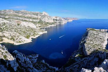 Marselha (mais vendido): Ac Hotel Marseille Velodrome 4* desde 41€ por noite/pax (17 ago - 25 ago) [opção voos incl.]