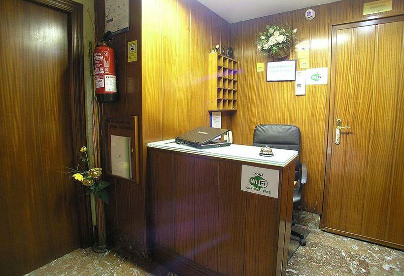 Reception Hotel Gorbea Vitoria-Gasteiz