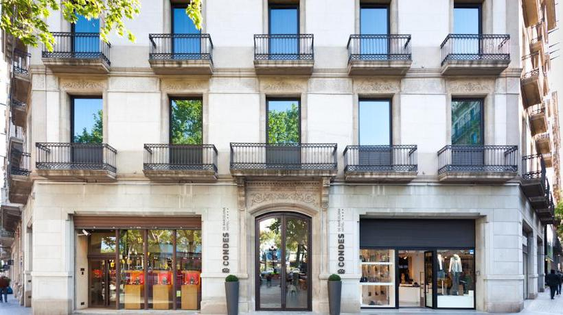 Outside Hotel Condes de Barcelona