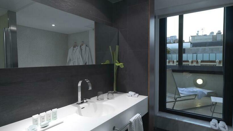 Bathroom Hotel Condes de Barcelona