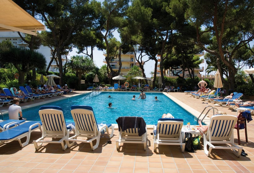 استخر هتل Riu Concordia Platja de Palma
