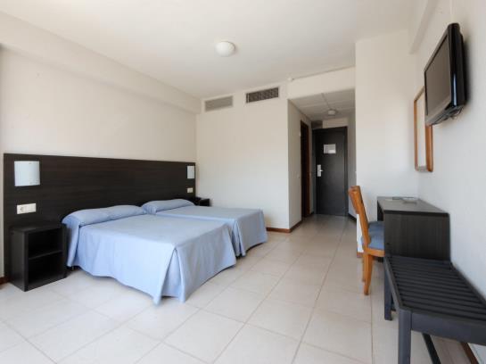 Room Hotel Safari Gandia