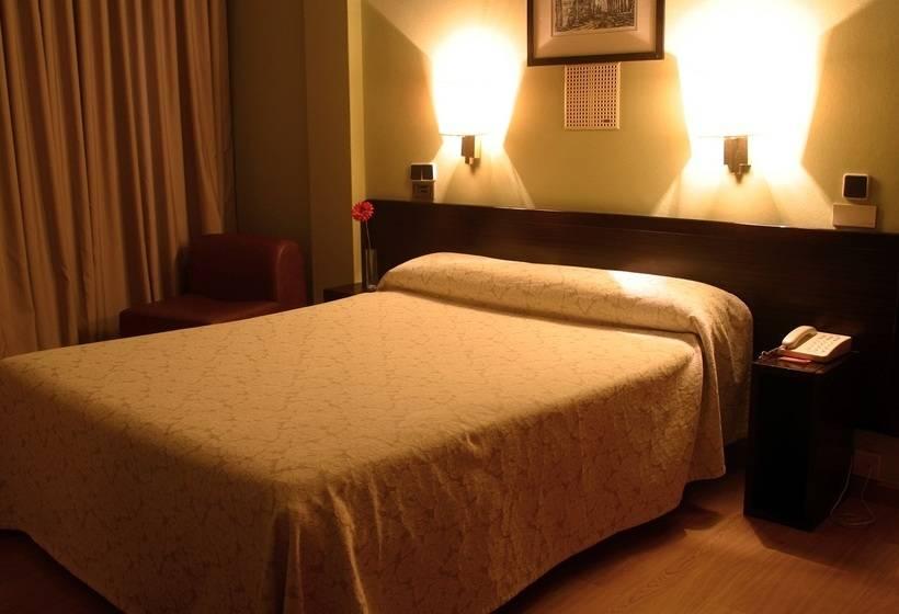 Room Hotel City House Los Tilos by Faranda Santiago de Compostela