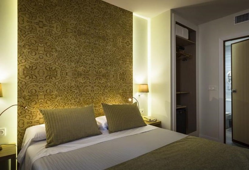 Room Hotel Comfort Dauro 2 Granada