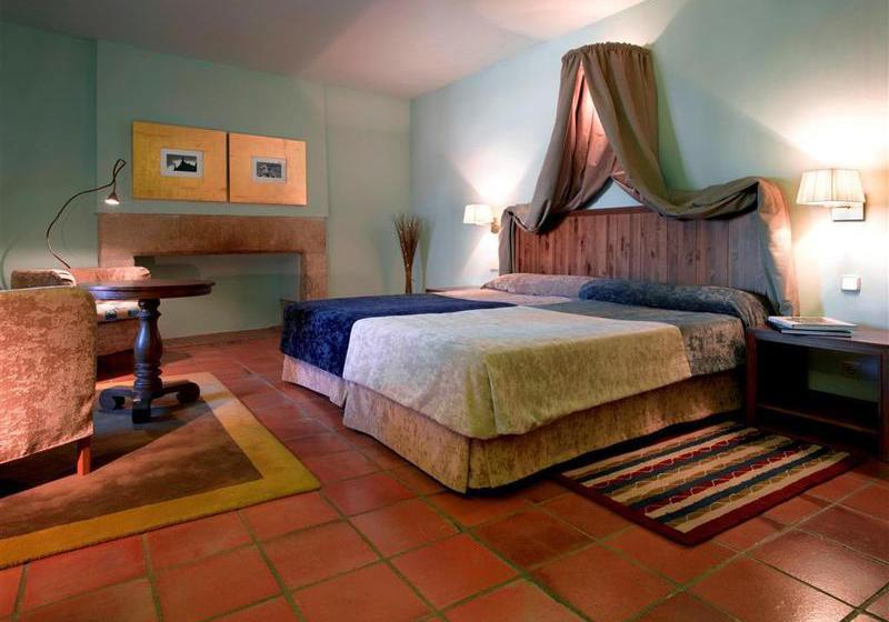 Room Parador de Trujillo