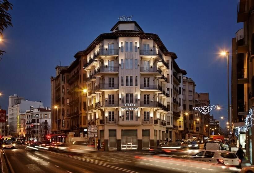 Hotel avenida en pamplona desde 24 destinia for Bricodepot pamplona telefono