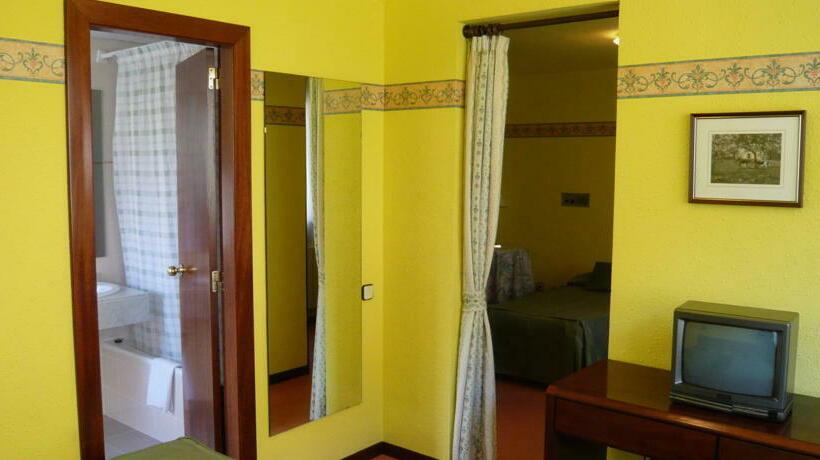 Hotel Es Pletieus Escunhau