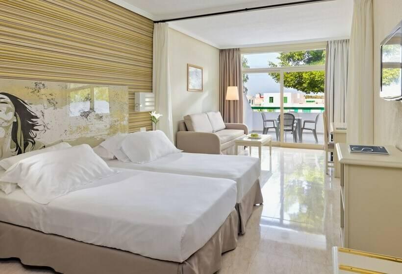 hotel h10 lanzarote princess en playa blanca destinia