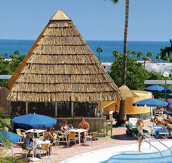 Hotel lucana en playa del ingl s destinia for Zona 5 mobilia no club download