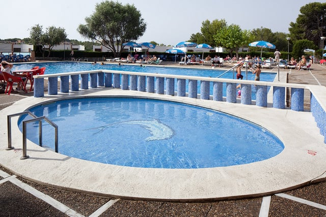 Swimming pool Hotel H Top Molinos Park Salou
