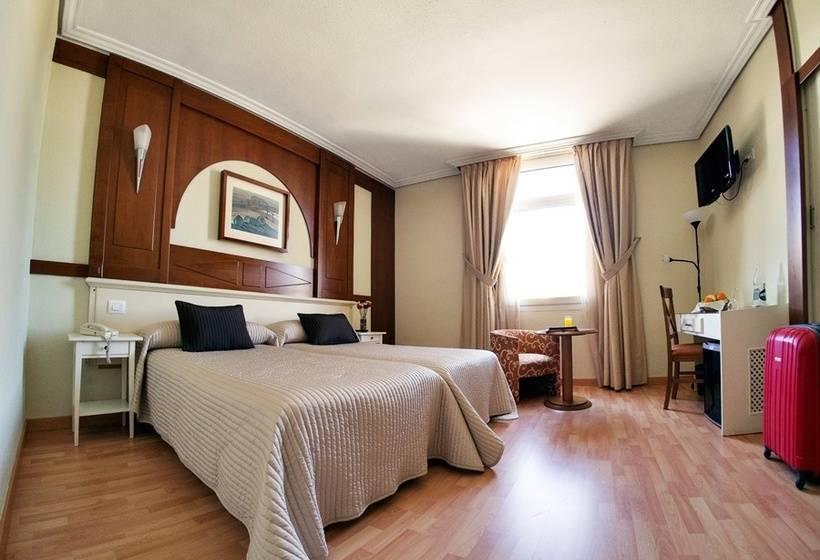 Habitación Hotel Pasarela Sevilla