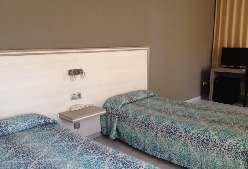 Room Hotel Planas Salou