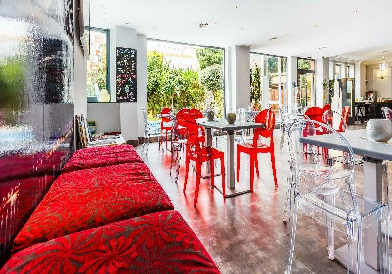 Hotel AACR Monteolivos Sevilla