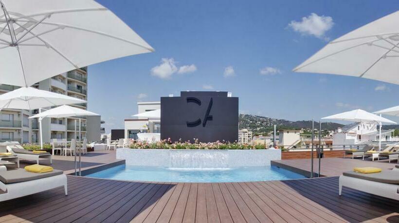Swimming pool Hotel Cosmopolita Platja d'Aro