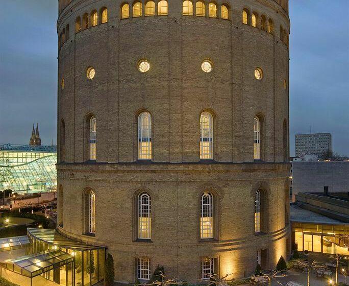 Hotel Im Wasserturm Cologne
