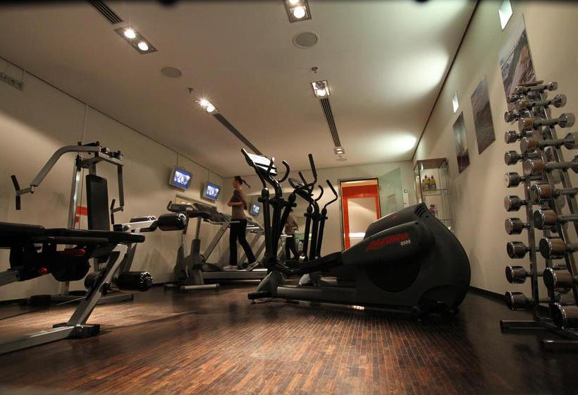 Sport center Radisson Blu Hotel Berlin