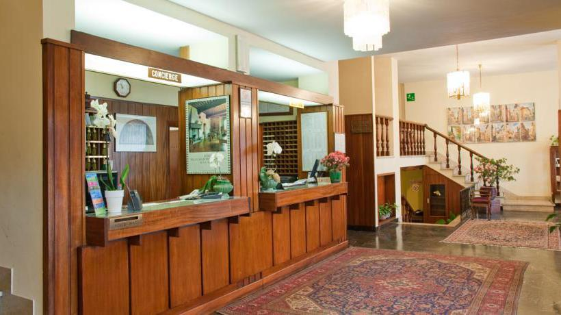Reception Hotel Columbus Florence