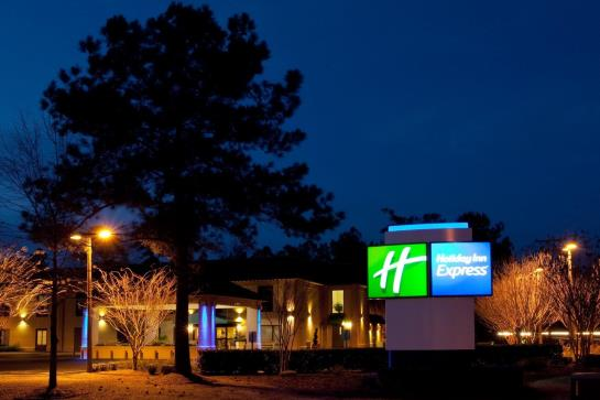 Hotel Holiday Inn Express Charleston Moncks Corner