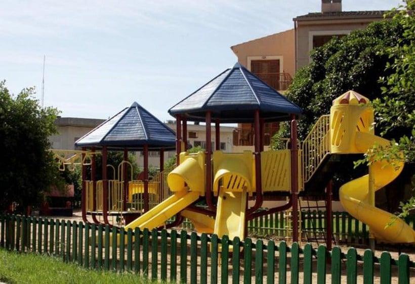 امکانات کودکان Albir Garden Resort L'Alfas del Pi