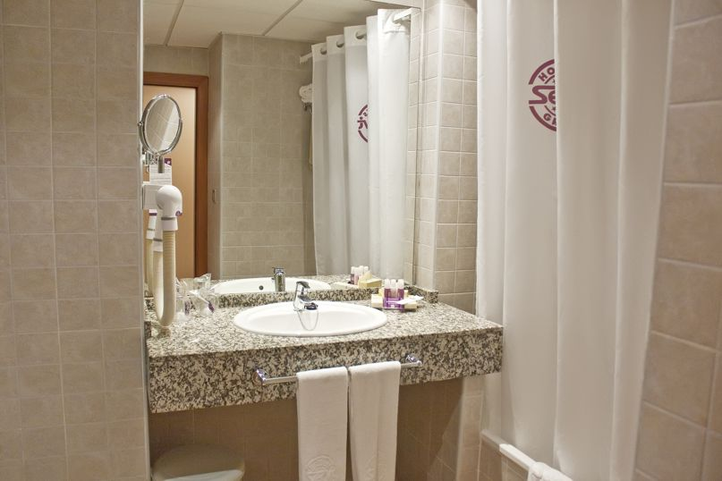 Bathroom Hotel Servigroup Marina Playa Mojacar