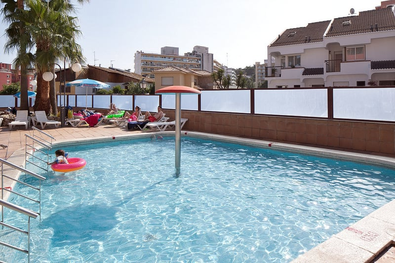 Swimming pool Hotel H Top Calella Palace