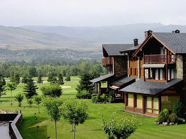 Hotel fontanals golf en cerdanya destinia - Top casas rurales espana ...