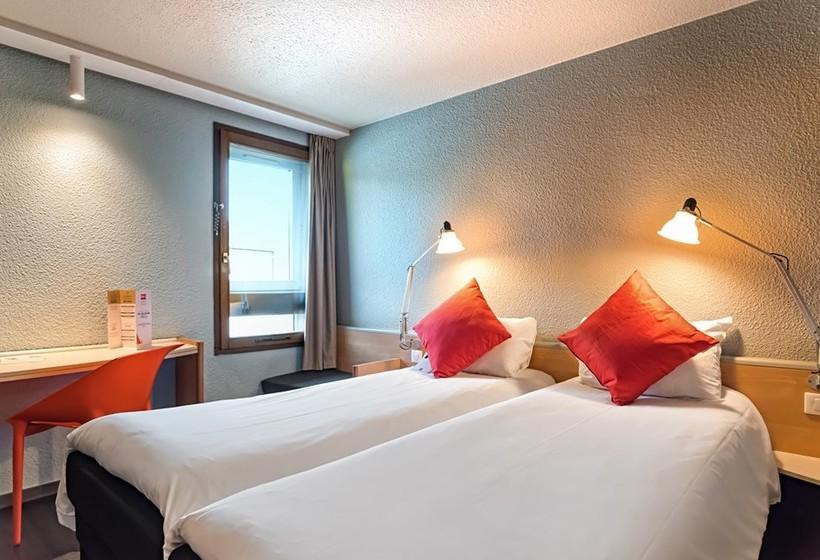 hotel ibis strasbourg sud la vigie en ostwald destinia. Black Bedroom Furniture Sets. Home Design Ideas