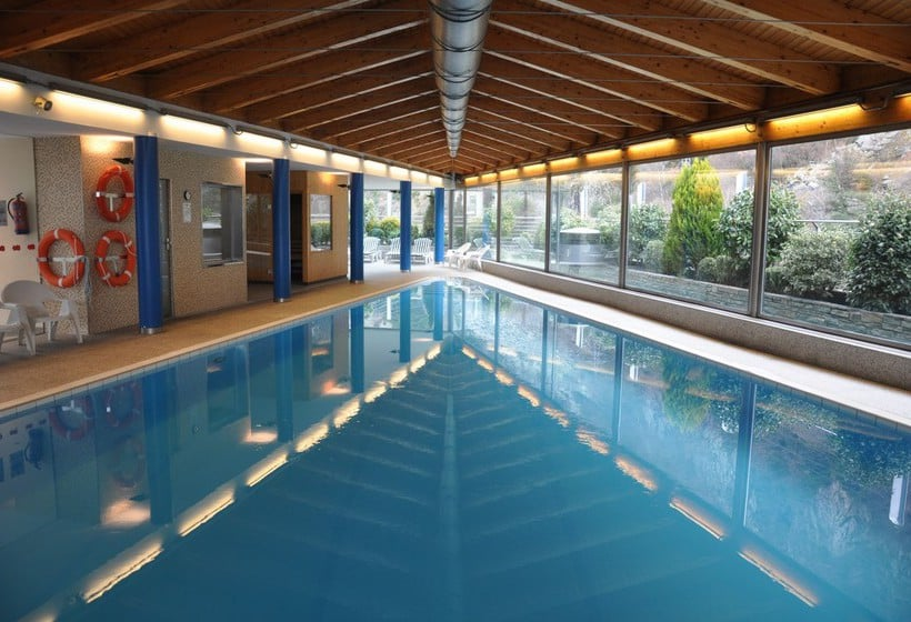 Swimming pool Hotel Tropical Les Escaldes-Engordany