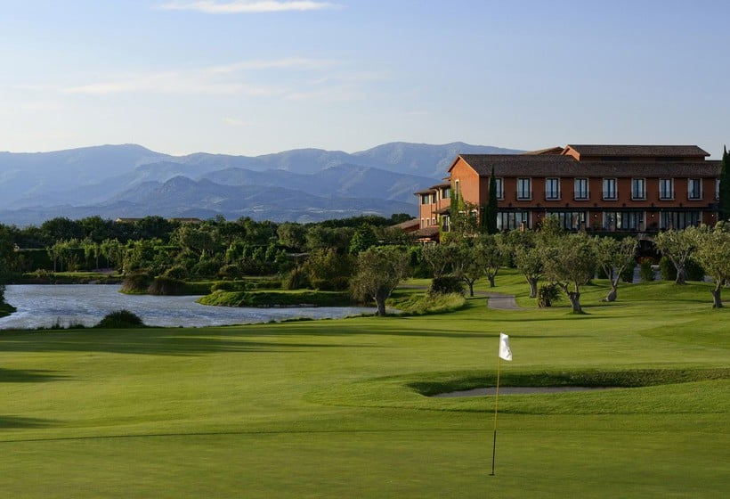 Sports facilities Hotel Peralada Wine Spa & Golf