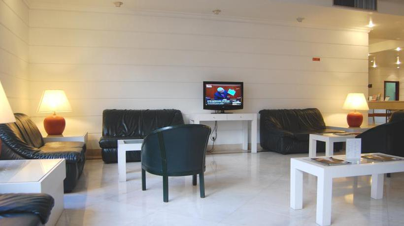 VIP Executive Marques Aparthotel Lisbon