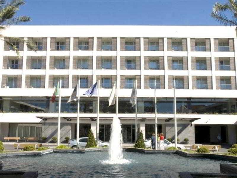 بیرونی هتل Royal Garden Ponta Delgada