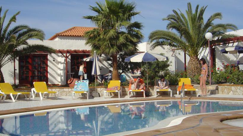 Swimming pool Complejo Bungalows Castillo Beach Caleta de Fuste