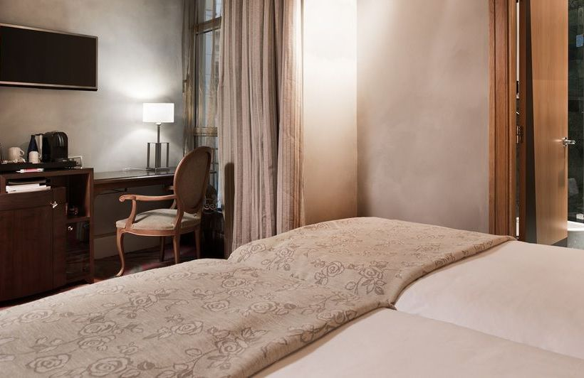 Hotel NH Collection Paseo del Prado Madrid