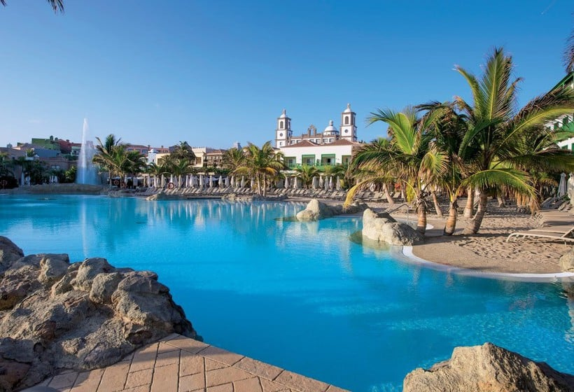 Swimming pool Lopesan Villa del Conde Resort & Thalasso Meloneras