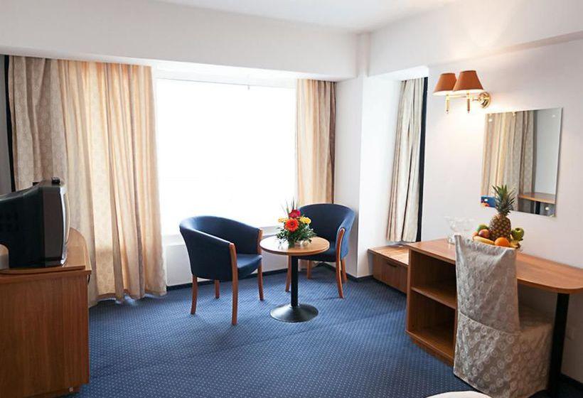 هتل Best Western Savoy Constanta