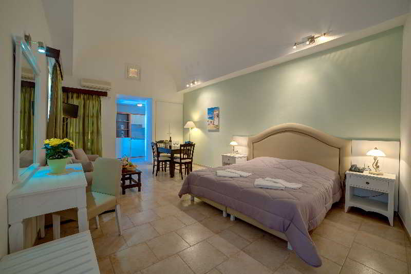 Scorpios Beach Studios & Apartments Monolithos