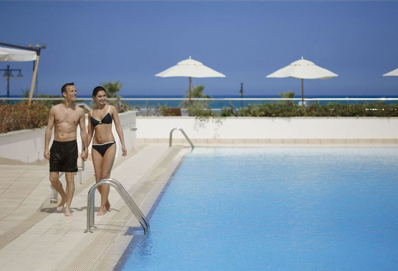 Swimming pool Las Arenas Balneario Resort Valencia