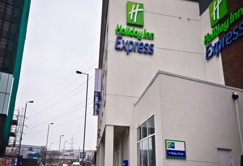 Hotel Holiday Inn Express London Wimbledon South