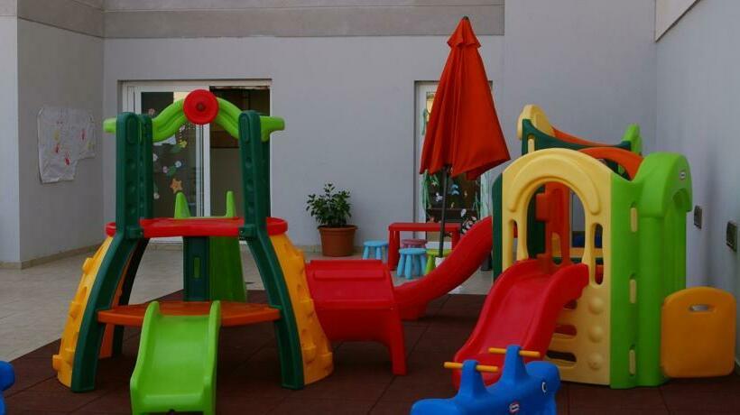 Children facilities Hotel Bahía Almuñécar Almunyecar