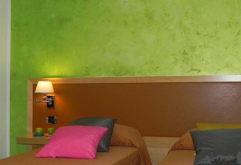 Idea Hotel Roma Cinecittà Rome