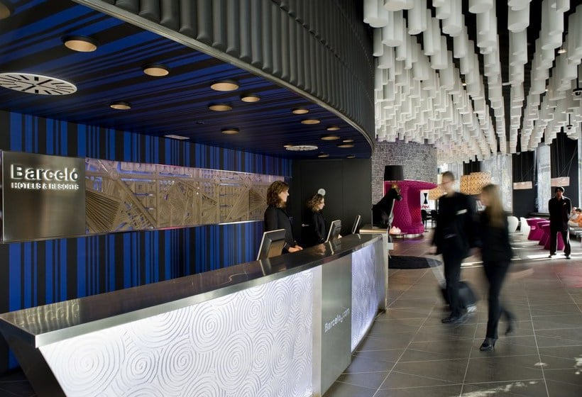 Reception Hotel Barceló Raval Barcelona
