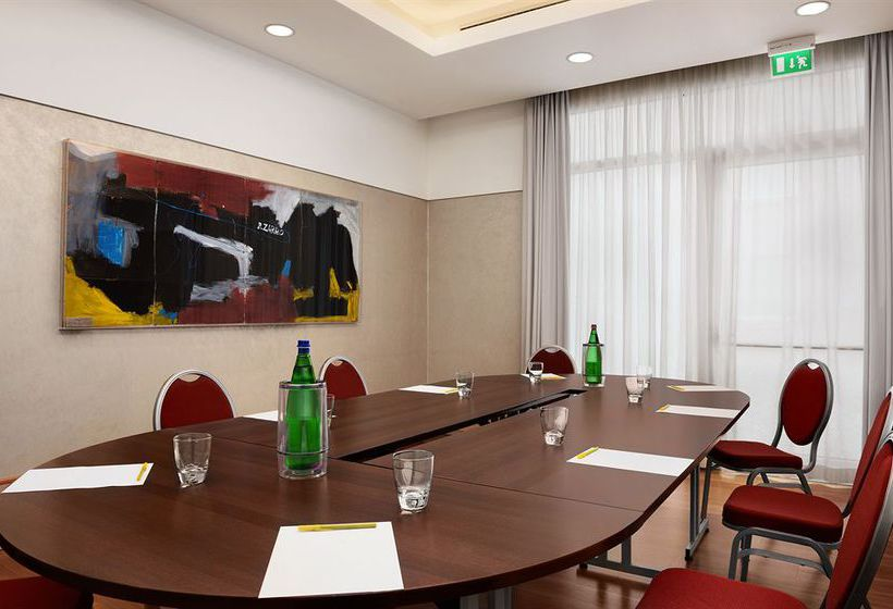 Hotel Hilton Garden Inn Rome Airport In Fiumicino Starting At 42 Destinia