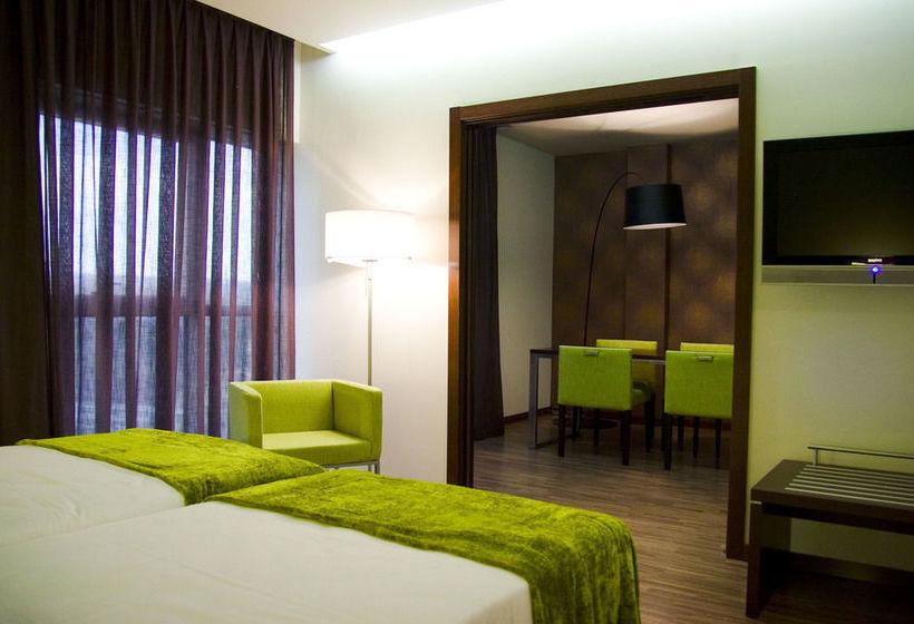 Hotel castillo de ayud en calatayud destinia - Castillo de ayud ...