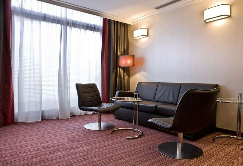 h tel holiday inn paris gare montparnasse paris. Black Bedroom Furniture Sets. Home Design Ideas